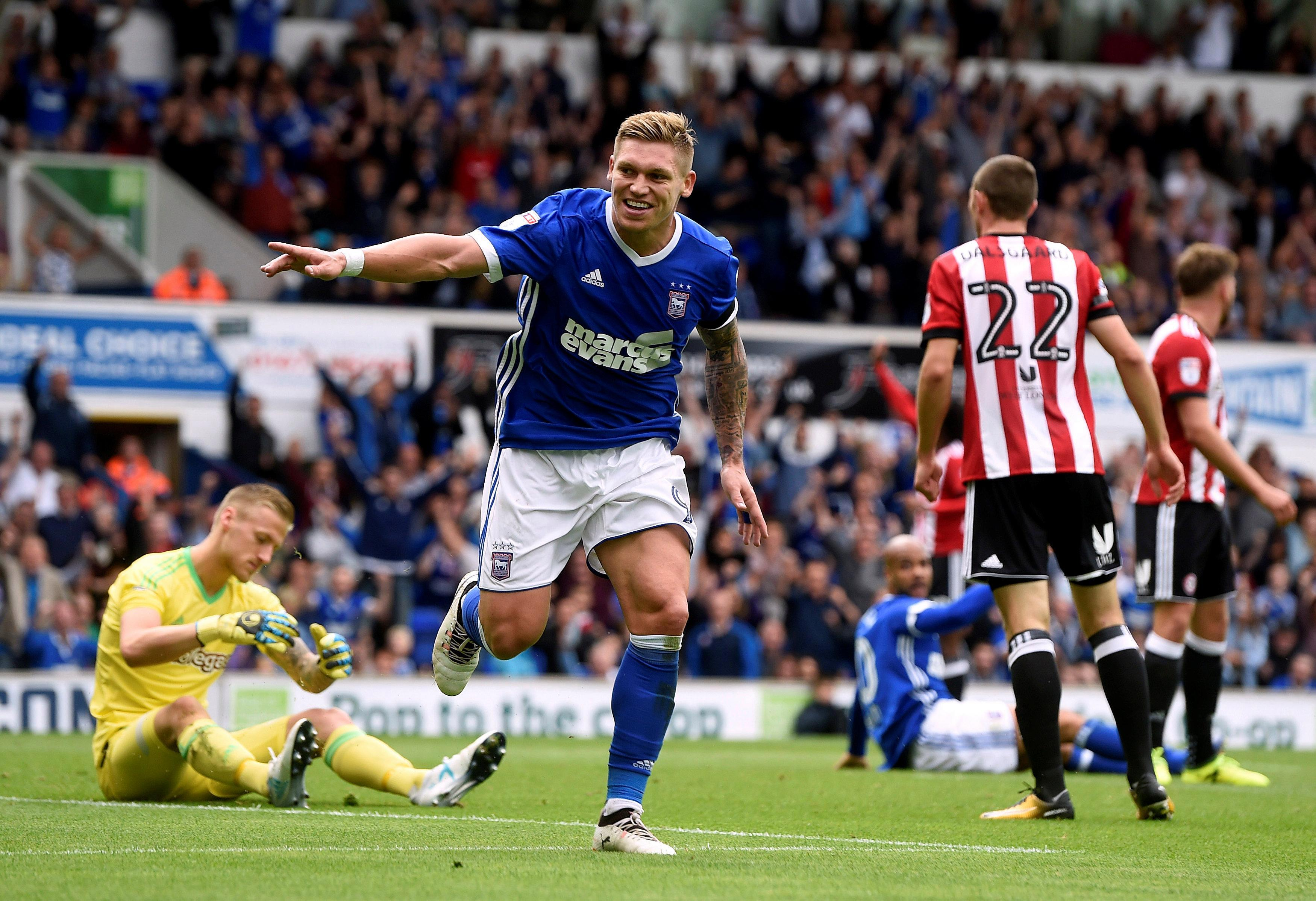 Boro have bid accepted for Martyn Waghorn