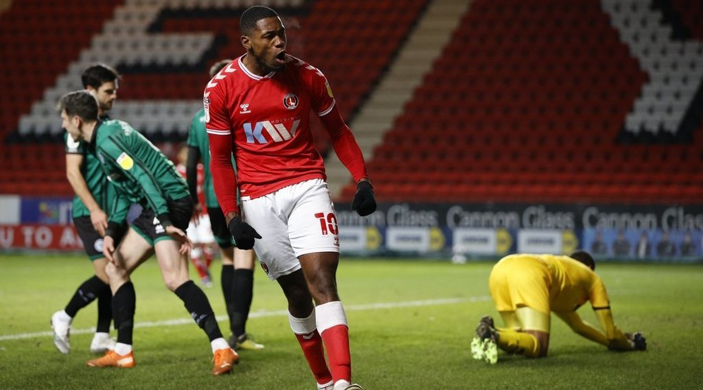 Charlton Athletic hold talks with Middlesbrough target over staying at the club