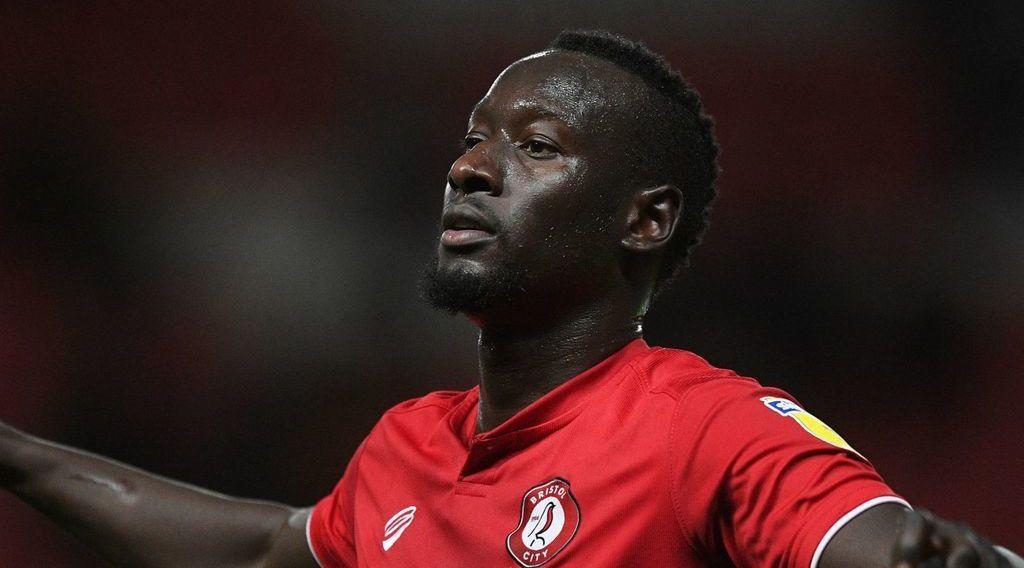 Former Bristol City forward causing battle between Boro and Swansea City