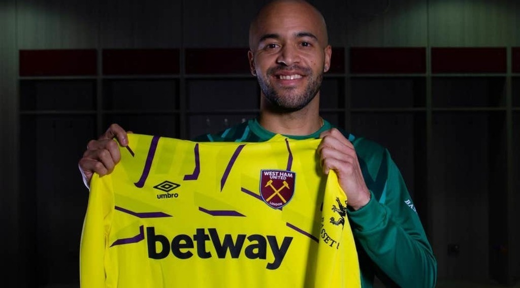 Randolph completes West Ham transfer