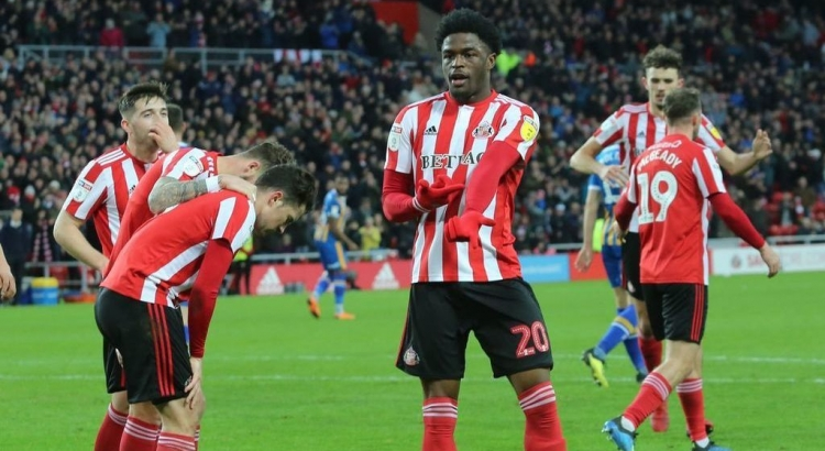 Boro hold talks with in-demand Sunderland striker